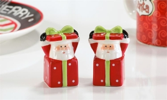 Ceramic Santa Design Salt & Pepper Shakers 2pc. Set