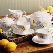 Butterfly Meadow 8-Piece Tea Set, Service for 2