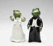 Frog Wedding Couple Salt and Pepper Set, Bride and Groom